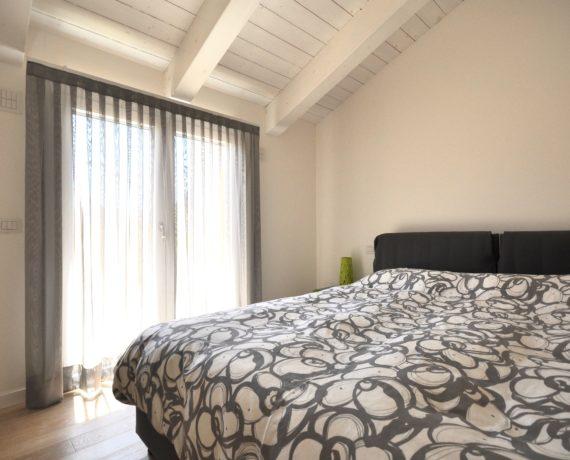 Tende per soggiorno atelier veneto tappezzerie e tendaggi for Cretonne per arredamento e tappezzerie